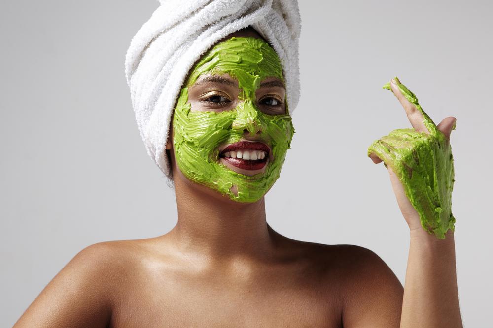 el aguacate es bueno para tu piel
