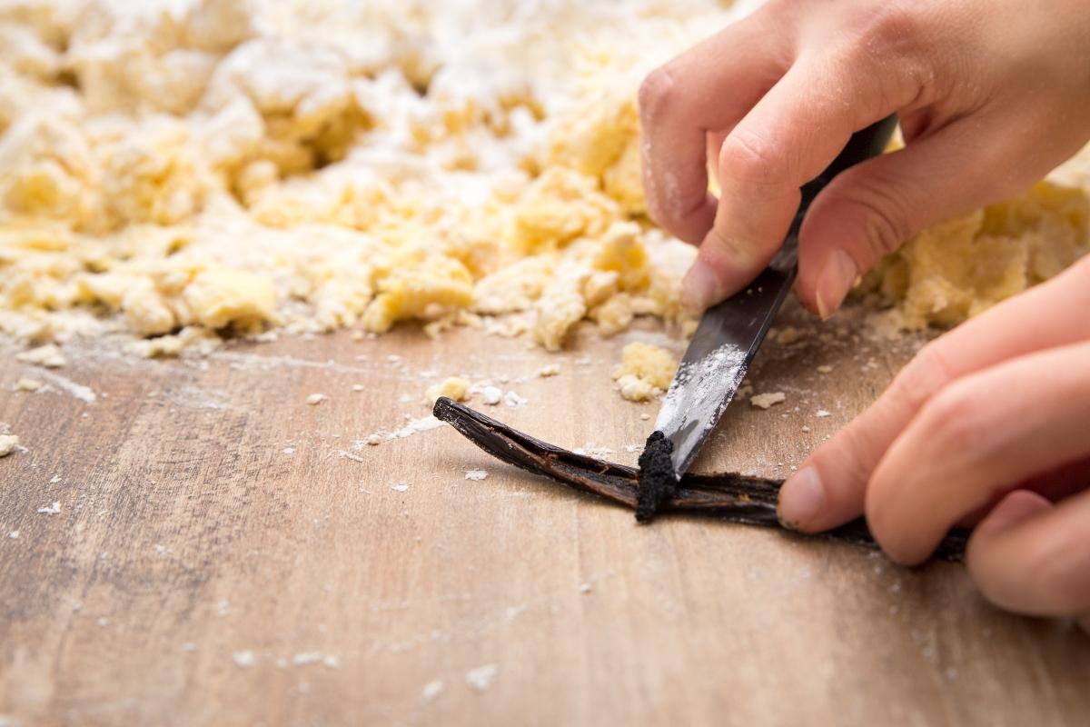 vaina de vainilla: como cortarla