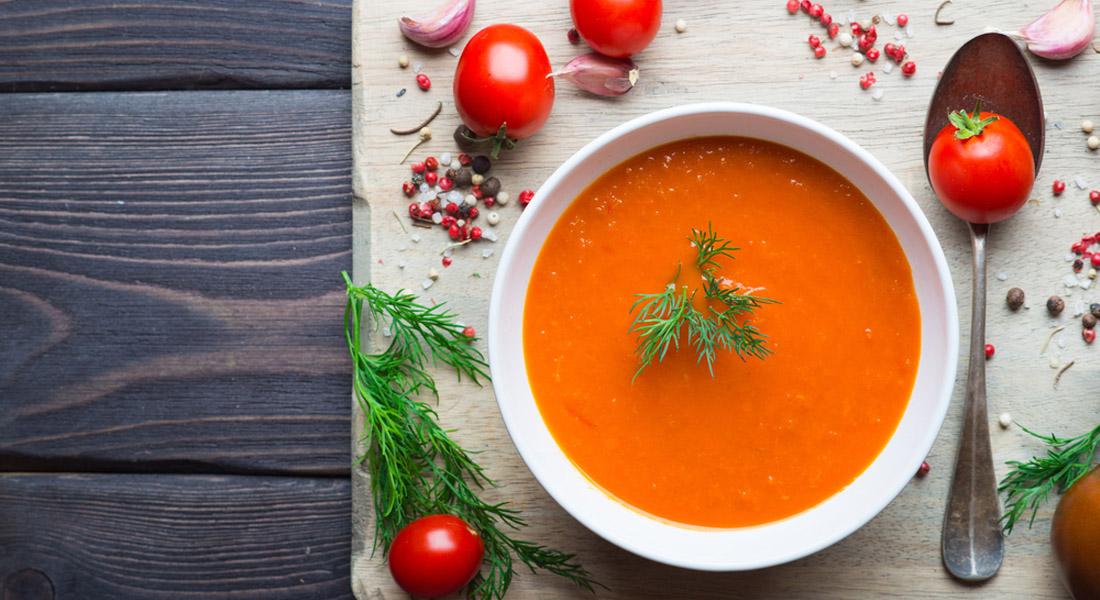 crema de tomates con pimentón