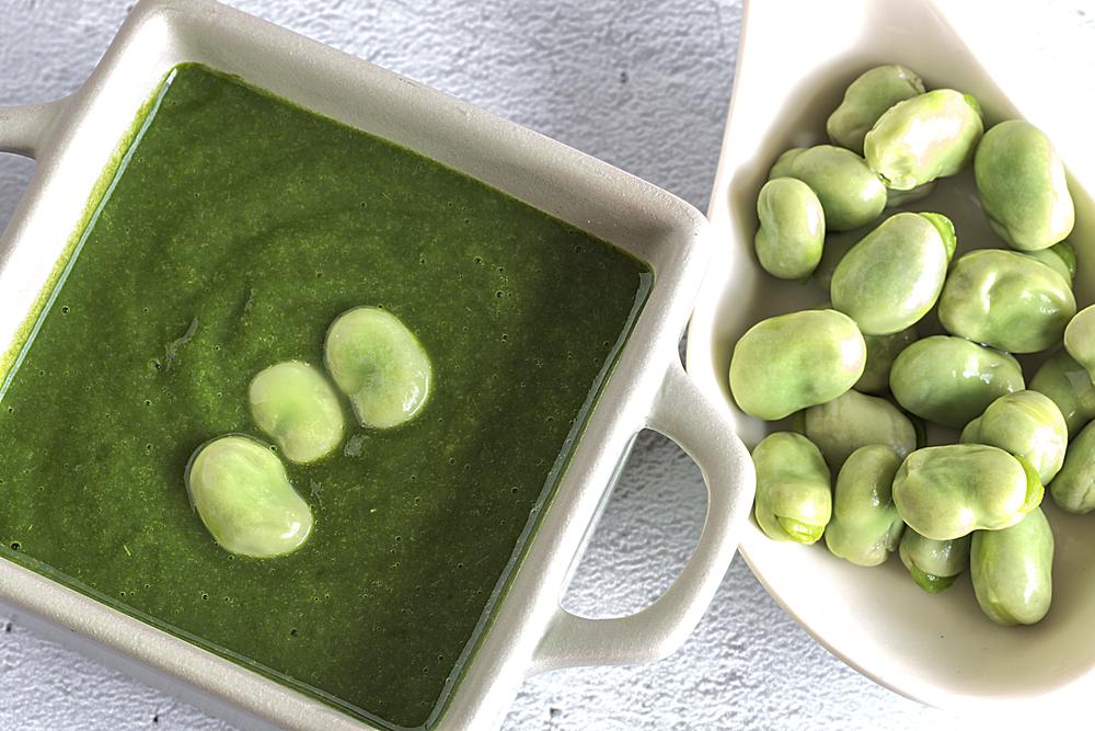 sopa de habas: receta perfecta para llenarse de proteína vegetal y fibra